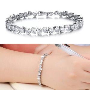Jewelry - White gold plated bracelet with diamond 18k